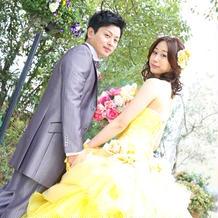 美女と野獣のベルを思わせる黄色のドレス♪