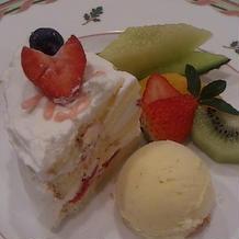 デザート、フルーツいっぱい