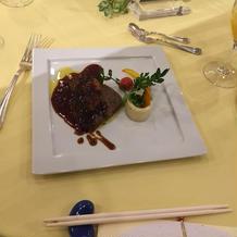 黒毛和牛フィレ肉とフォアグラのステーキ