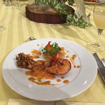 オマール海老を使った魚料理