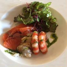 鮮魚と貝類のカルパッチョ仕立て