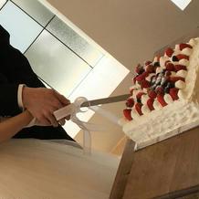 ケーキ入刀です