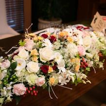 メインテーブル飾花