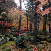 紅葉の時季の庭園4