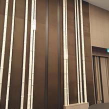 披露宴会場の竹モチーフ