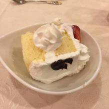 パティシエさん特製のウエディングケーキ!