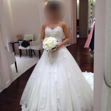 提携店フェリーチェマツエダのドレス