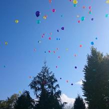 青空に放たれた風船。感動しました!