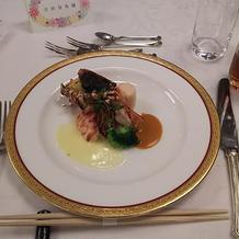 魚料理をオマール海老にランクアップ。