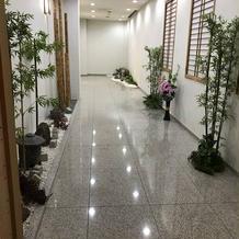 神殿までの廊下。
