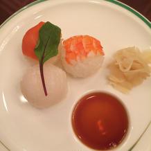 寿司。手まりの一口サイズが良い