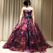 お洒落な花柄のドレス