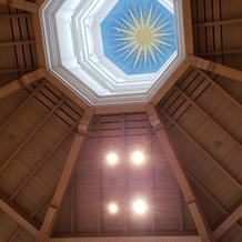 式場の天井です