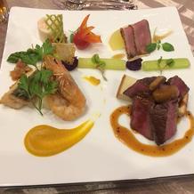 肉料理のメインプレート