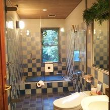 新郎新婦用のトイレ