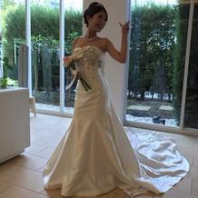 シンプルなマーメイドドレス