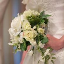 お花もドレスとセットで無料です