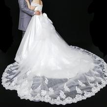桂由美のプレタポルテのウェディングドレス