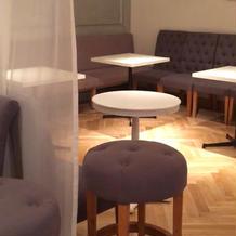 ゲスト控え室、床の雰囲気が良い