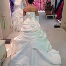 このドレスを本番で着ました!