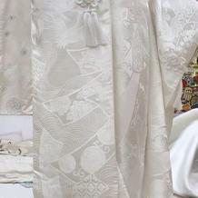 房飾りのついた珍しい白無垢