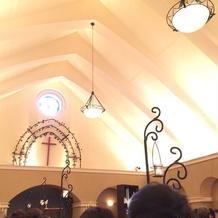 温かみを感じられる教会です。
