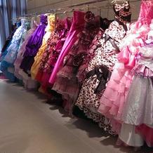 たくさんドレスがありました\(^-^)/