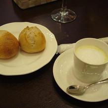 ポタージュとパン