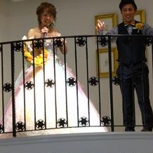 西野カナのトリセツを歌いながら入場!