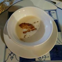 インゲン豆のスープ フォアグラを浮かべて
