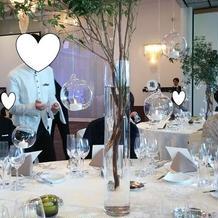 テーブル造花のツリーが素敵でした