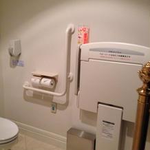 身障者トイレあり