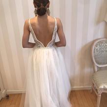 ナイームカーンのドレス
