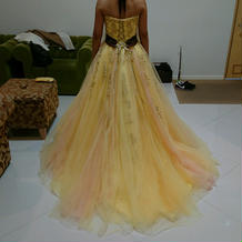 気に入るカクテルドレスがありました。