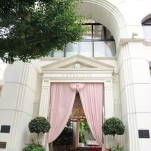 ピンクカーテン
