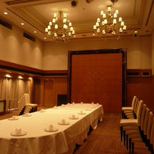 11階披露宴会場(カーテンを開けると庭)