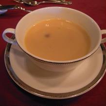 ホワイトアスパラガスのスープです