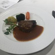牛フィレ肉のポワレ