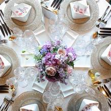 華やかなゲストテーブル