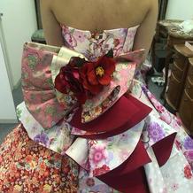 和柄のドレス