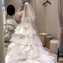 予算内でも素敵なドレスがありました。