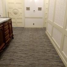 控え室 廊下