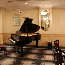 ピアノによる演出も可能なようです。