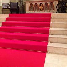 新郎新婦が上る階段はこんな感じ