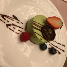 デザートの彩りも素敵でした
