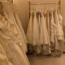 ウェディングドレスのお部屋