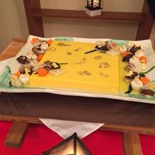 豆腐の日に入籍したので 玉子豆腐入刀