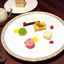 デザート後のテーブル単位での謎のお菓子