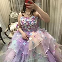 お花がいっぱいのドレスお気に入りです。