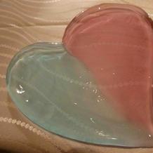 このお皿が何に…と思ったらパン皿に変身!